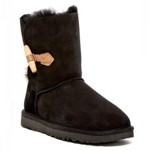 Women's UGG Keely boot size 8